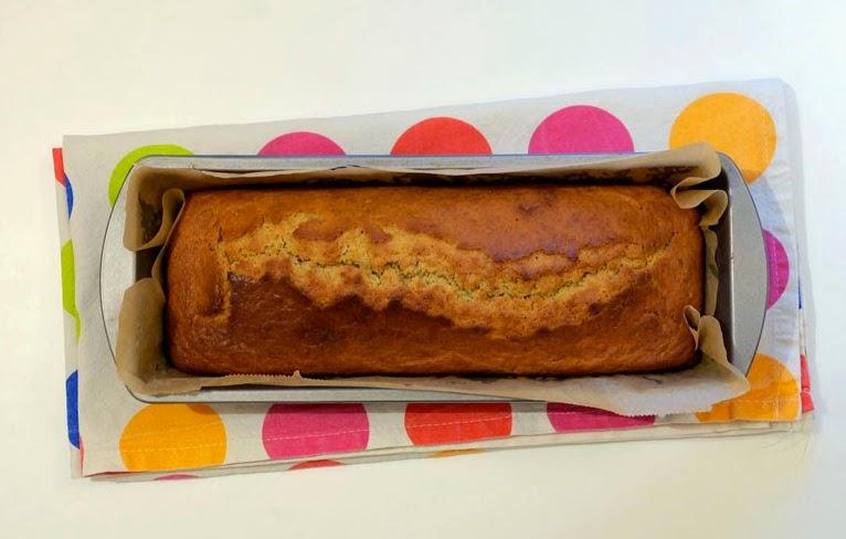 Bananin kruh v pekaču