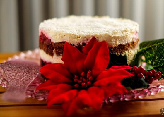 torta_gozdni_sadeži_in_rdeco_rožo-3