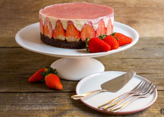 jagodna_torta-1